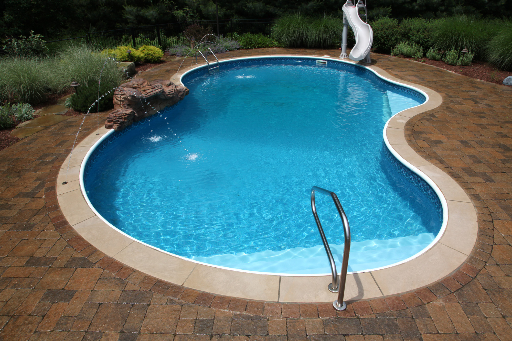 Rios Pools Inground Specialists